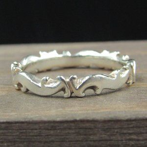 Size 6 Sterling Silver Odd Wave Design Band Ring